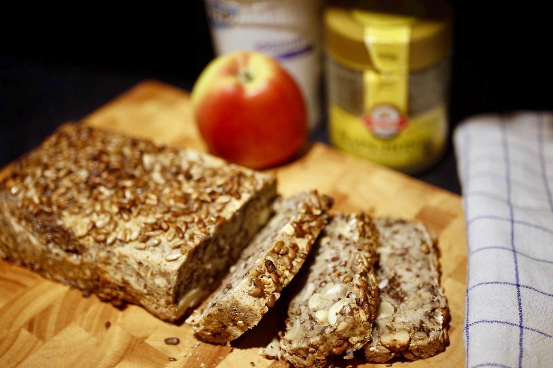 Brot ohne Getreidemehl? Awsm lecker und voller Samen!